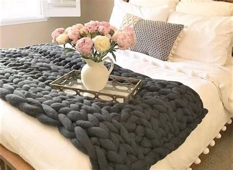Cable Knit Coverlet by Best 25 Cable Knit Throw Ideas On White