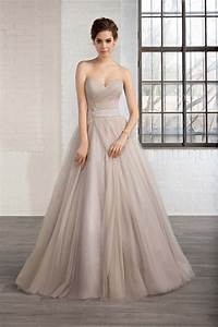 Win a wedding dress from the cosmobella 2016 collection for Win a wedding dress