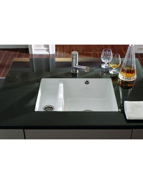 ceramic undermount kitchen sinks 1 5 villeroy boch subway 60xu kitchen sink undermount 1 5 8119