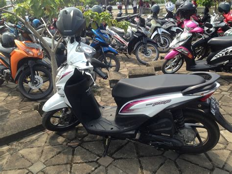 Honda Beat Pop Putih 2015 2016 2015 honda motor beat pop file 2015 honda beat pop jpg