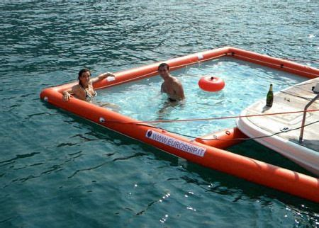 Cool Pontoon Boat Accessories by Best 25 Pontoon Boats Ideas On