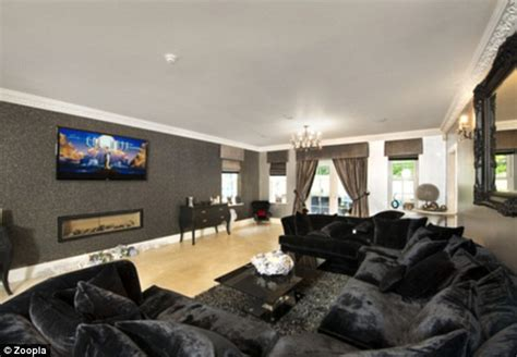 Jamie O'Hara's 'truly remarkable' £1.9m marital home goes