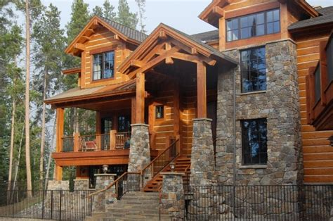 Love This Log Cabin In Silverthorne, Colorado