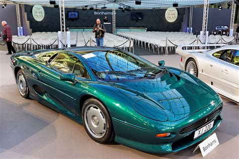 Jaguar Car : Jaguar Xj220