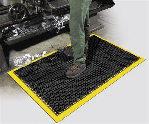Safety Tru Tread with Grit Tuff   Grit Surface Kitchen