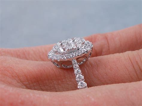 0 83 ctw oval cluster diamond engagement ring f