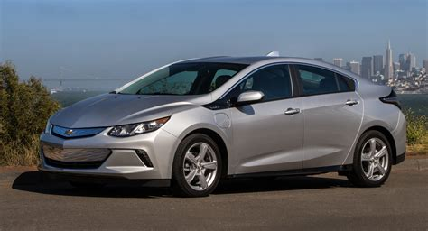 2019 Chevrolet Volt Offers Faster Charging And New Tech