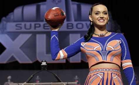 honor katy perry main performer  super bowl halftime