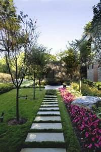 nos propositions en videos pour faire une allee de jardin With faire une allee de jardin avec des dalles