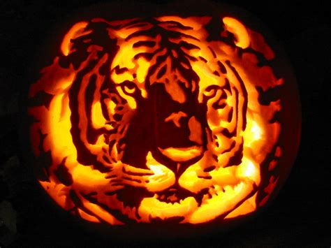 awesome carved pumpkins designs amazing pumpkin carving
