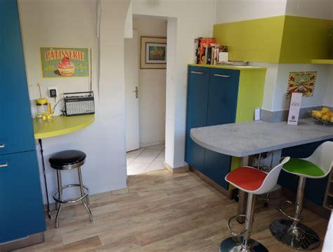 petit tabouret de cuisine 138 petit tabouret de cuisine table bar et ses 2