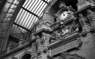 Black and White Photography Clock