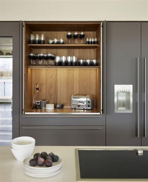 Pocket Door Kitchen Cabinets by What Are Veneer Presses L Essenziale