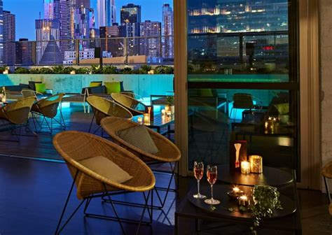 rooftop  qt rooftop bar melbourne