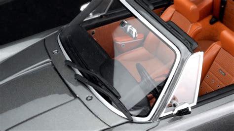 The first safety cabriolet in the world. CMR Singer Porsche 911 Targa Dubai - YouTube