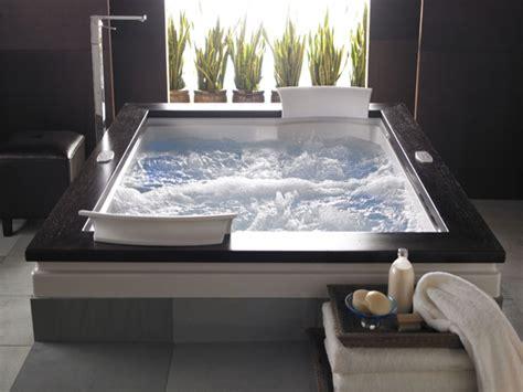 Large Tub by Large Bathtub Dimensions Bathroom Tubs Bathroom