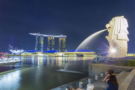 A First-Time Visitor's Guide to Singapore