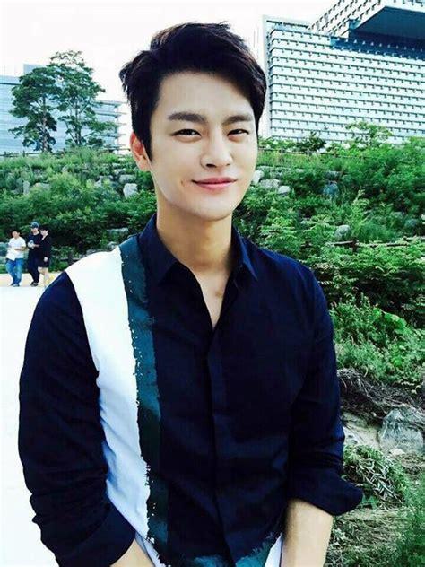 charming korean men hairstyles   fashion enzyme