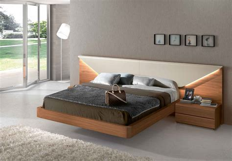 Lacquered Made In Spain Wood Luxury Platform Bed With