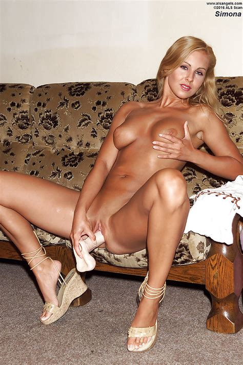 Milf With Beautiful Tanned Body Is Always Glad To