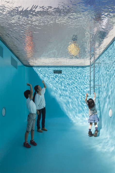 la unica piscina del mundo en la  puedes nadar sin