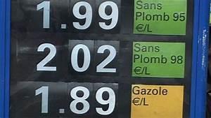 Essence Sans Plomb 95 : carburant le prix du super sans plomb d passe les 2 euros paris ~ Medecine-chirurgie-esthetiques.com Avis de Voitures