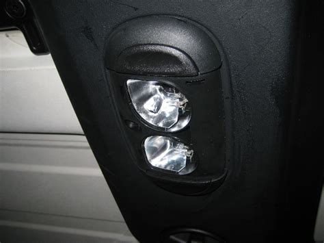 jeep wrangler dome light bulbs replacement guide 005