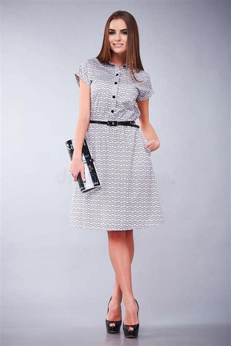 vetement de bureau vêtements occasionnels et robe de style de femme d
