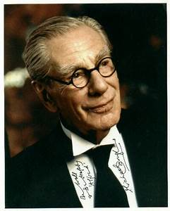 Michael Gough dies at age 94 - Alfred Pennyworth - Comic Vine