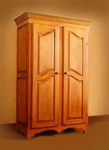 Armoire Bois Blanc : cuisine armoire en bois chaios armoires bois blanc armoire bois de rose licious armoires ~ Teatrodelosmanantiales.com Idées de Décoration