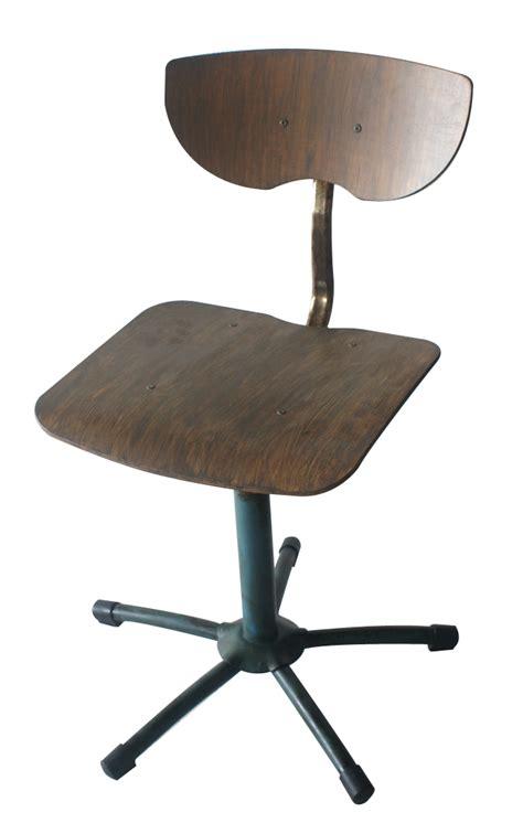 chaise de bureau industriel mobilier de style industriel ancienne de francisco segarra