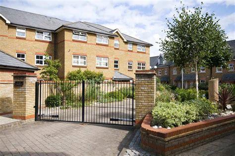 Best Accommodation West London