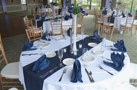 New Blue And White Wedding Decor Ideas