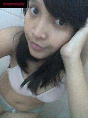wallpaper barcelona fc cewek telanjang dada di kamar