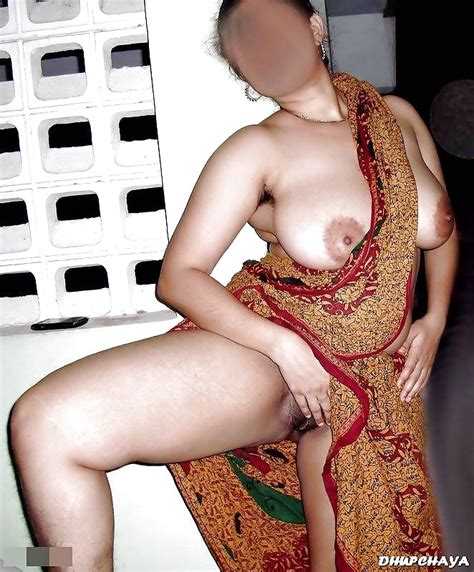 Desi Busty Indian Milf Bhabhi Posing Nude 9 Pics Xhamster