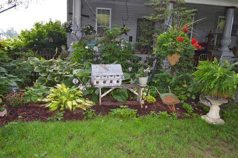 primitive flower bed ideas google search garden