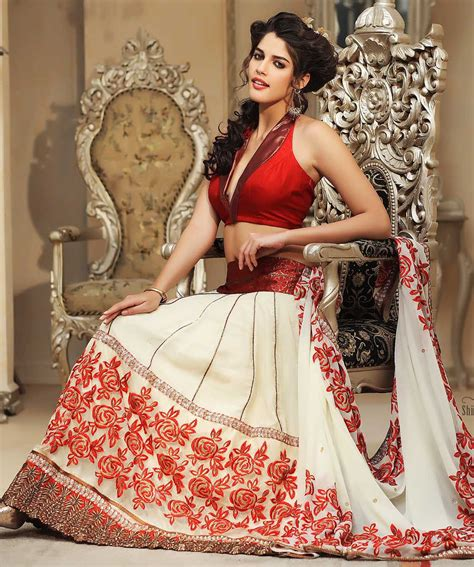 Bridal Sarees For Parties  Indian Bridal Party Wear. Fit And Flare Wedding Dresses With Sweetheart Neckline. Most Hideous Celebrity Wedding Dresses. Mermaid Fit And Flare Wedding Dresses. Rent Princess Wedding Dresses. Pink Wedding Dress With Ruffles. Red Wedding Dresses Asian. Blush Wedding Dress Photos. Wedding Dress Vintage Backless