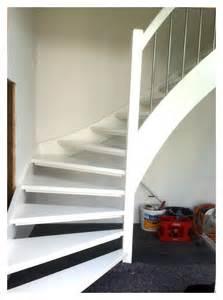 treppe weiss chestha weiss design treppe