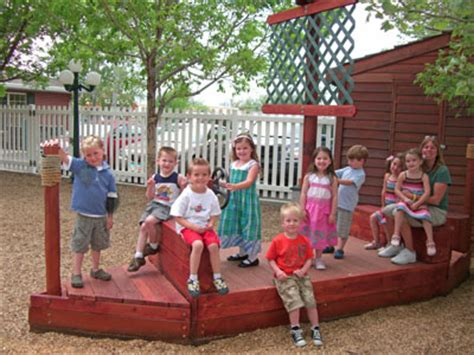 photos of outdoor play at the newcastle preschool 925 | new boat 5 2008 dawns class web size