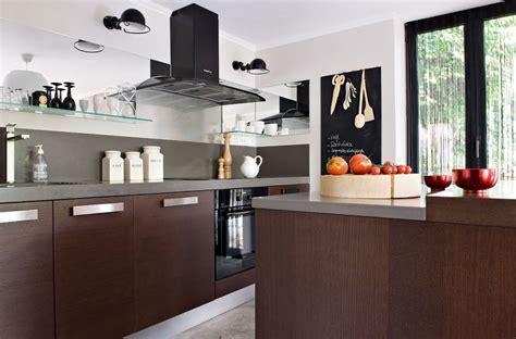 rangement placard cuisine organisation et rangement le cas des placards de cuisine plans pluriel