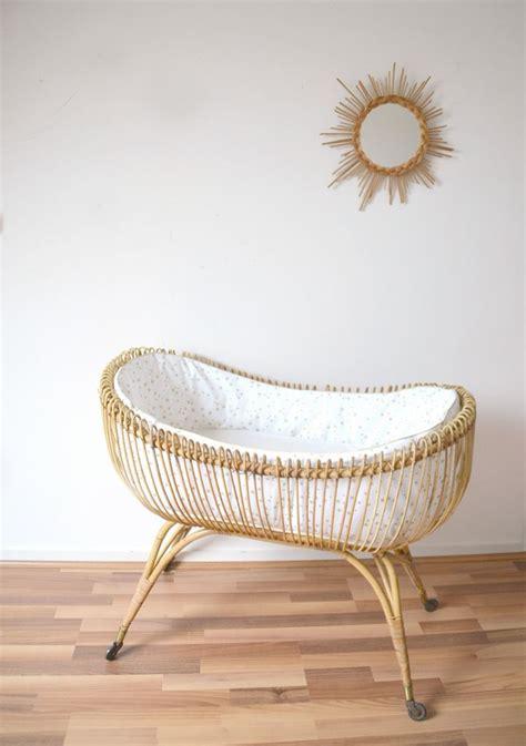 chambre bébé ikea hensvik lit bb en rotin berceau vintage habill de la boutique sur