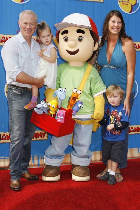 bob stroller and their attend handy manny premiere