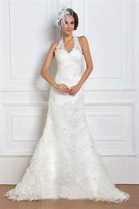 Line halter neck sleeveless crystal lace wedding dresses for Lace halter neck wedding dress