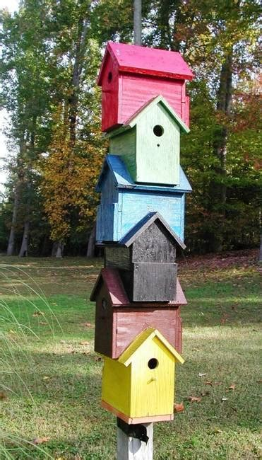 recycling salvaged wood  birdhouses  recycled crafts  backyard ideas