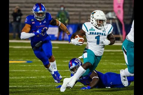 No. 15 Coastal Carolina measures up Appalachian State