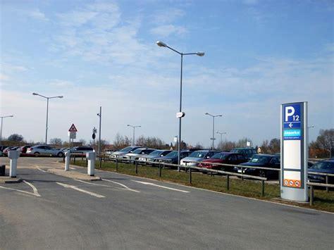 P12 Airparks Parkplatz Flughafen N 252 Rnberg 15 Tage Ab 61