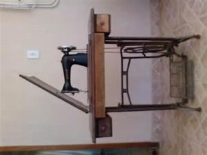 Maquina De Costura Elgin Zig Zag Funcionando Motor Reserva