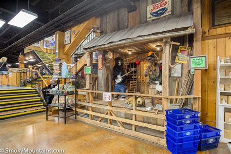 smoky mountain knife works review  hours tips