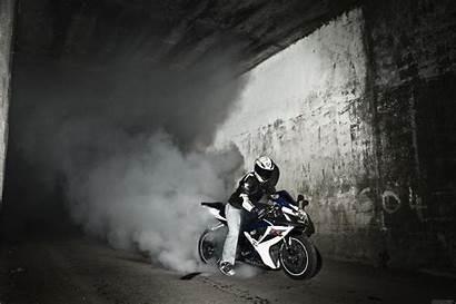 Gsxr Suzuki Bike Gsx 1000 Wallpapers Smoke
