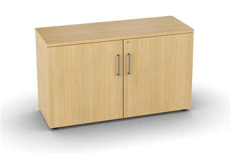 armoire basse bureau armoires et vestiaires armoire basse mélaminée 2 portes